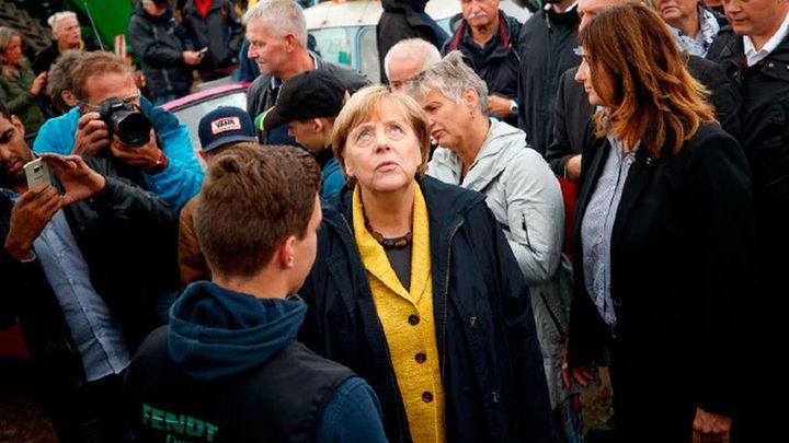"""Merkel pide """"buena voluntad"""" ante una formación de Gobierno difícil"""