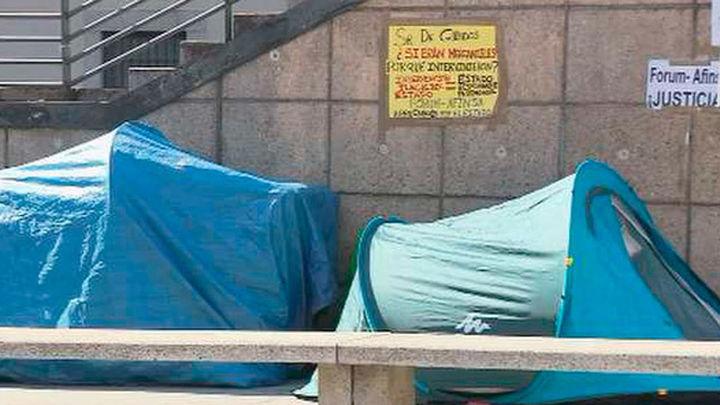 Los afectados de Afinsa cumplen 12 días de protesta acampados