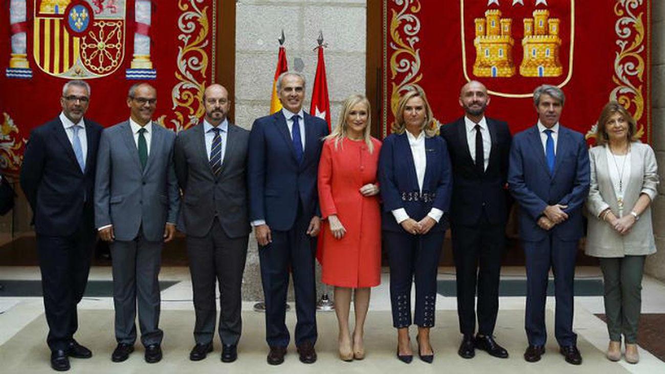 Cristina Cifuentes renueva a los viceconsejeros y directores generales