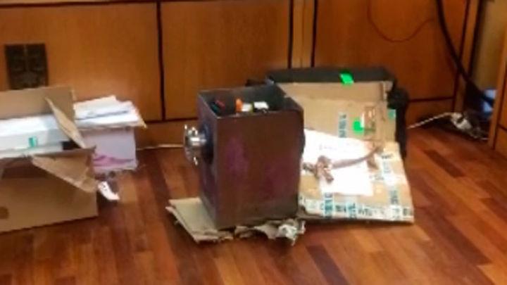 Los agentes hallaron en la picadora del descuartizador sangre de ambas víctimas