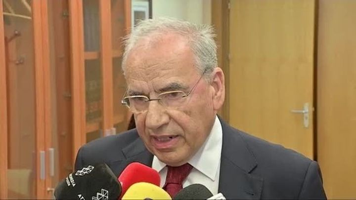 """Alfonso Guerra apunta a """"medidas drásticas"""" si se declara la independencia"""