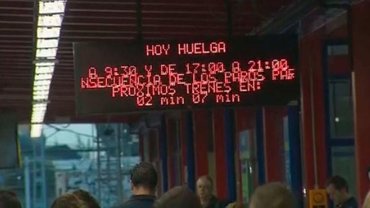 Metro calcula que han circulado un 62% de  los trenes durante el segundo tramo de paros