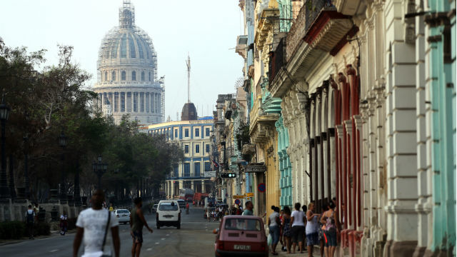 EEUU suspende la emisión de visados en Cuba y pide a los estadounidenses no ir allí