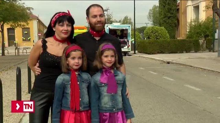 Más de 2.000 gemelos y mellizos madrileños disfrutan de una fiesta 'Grease'