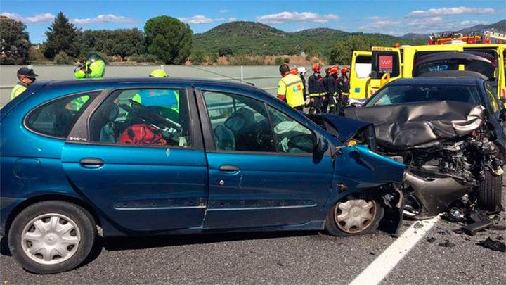 Una mujer de 77 años fallecida y un hombre grave tras un accidente en Pelayos