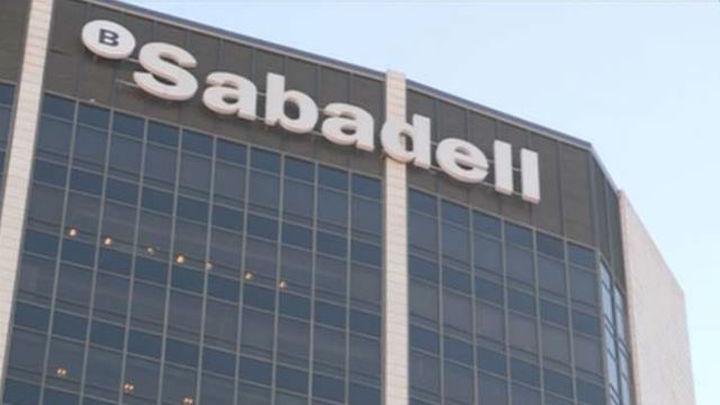 El Banco Sabadell anuncia un ERE con prejubilaciones y plan de recolocación