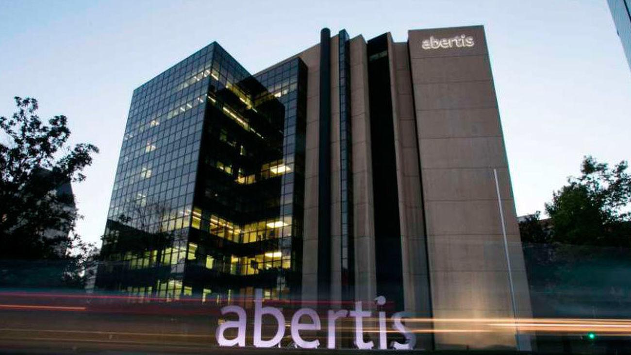 Abertis, Colonial, Torraspapel y Adeslas trasladan sus sedes a Madrid