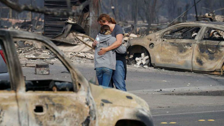 Los incendios en California dejan 13 muertos y más de 46.500 hectáreas arrasadas