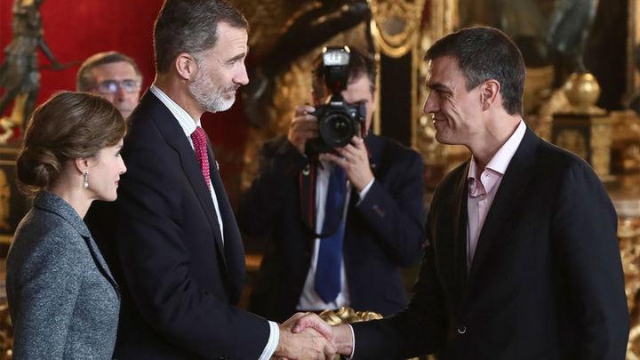 La muerte del piloto del Eurofighter empaña la recepción del Palacio Real