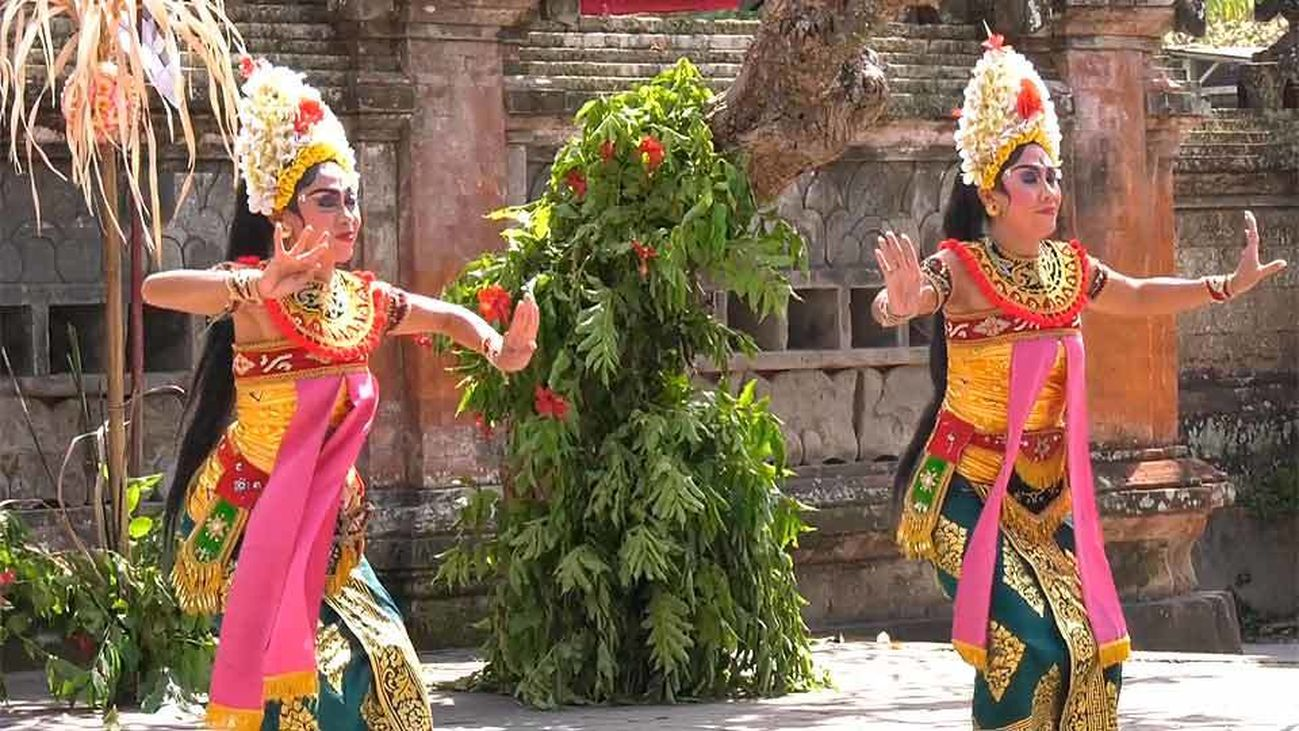Los templos de Bali, entre el rito y lo festivo