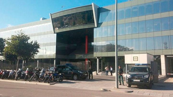 La Guardia Civil registra el Centro de Telecomunicaciones de la Generalitat