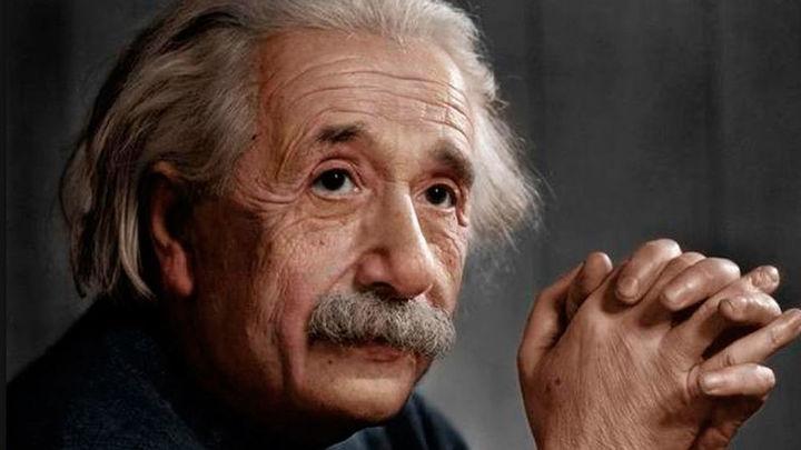 La 'Teoría de la Felicidad' de Albert Einstein, a subasta este martes en Jerusalén