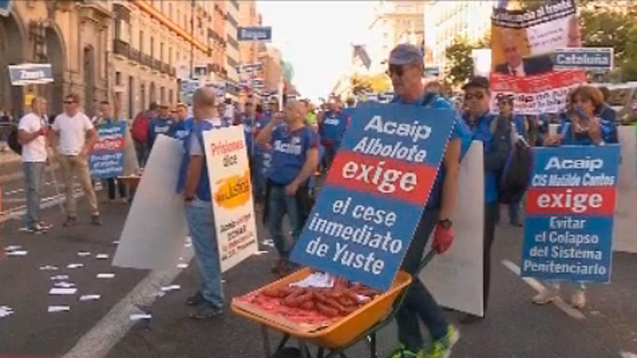 Una marcha de funcionarios por Madrid exige más personal en las prisiones