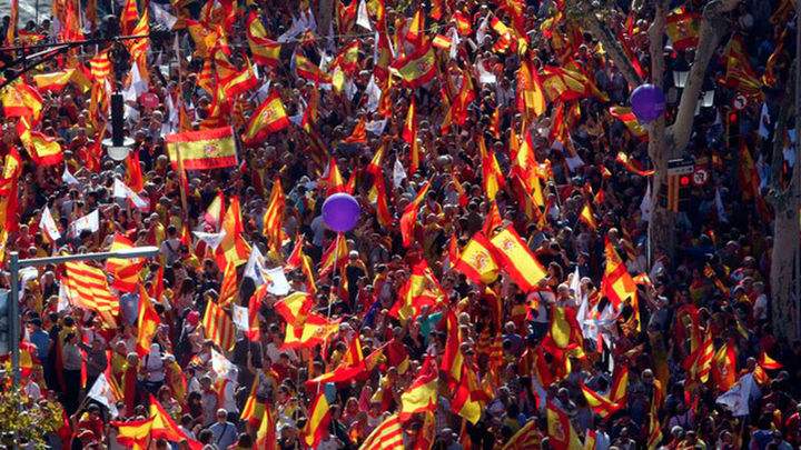 Más de un millón de personas salen a la calle en Barcelona por la convivencia
