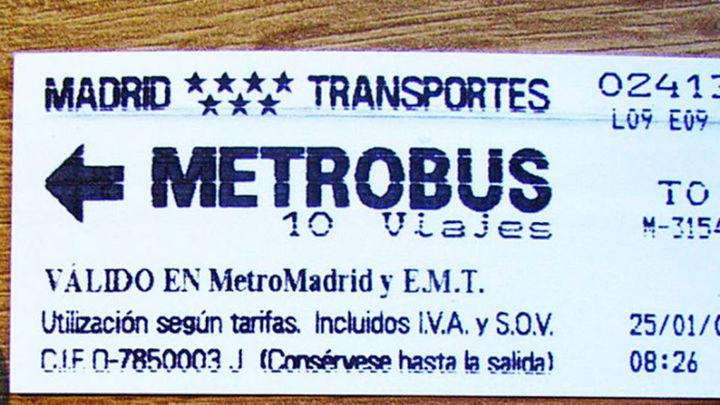 El billete de papel de Metro pasa hoy a la historia sustituido por la tarjeta