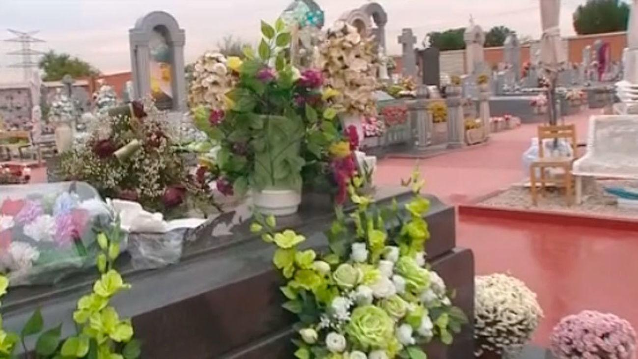 El transporte público de Madrid aumenta sus servicios a los cementerios