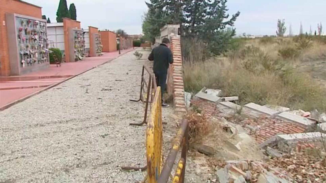 El lamentable estado del cementerio de Fuencarral - El Pardo
