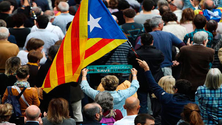La Intersindical CSC convoca huelga general en Cataluña el 8 de noviembre