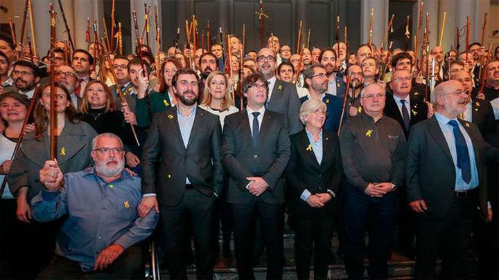 """Puigdemont califica el 155 de """"golpe de Estado"""" y pide que se acepten los resultados del 21-D"""