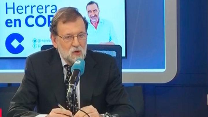 """Rajoy cree que Puigdemont y ERC admiten ahora las """"grandes mentiras"""" del proceso"""