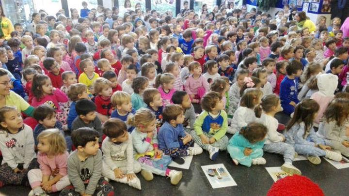 Más de 2.000 niños participan en el 'Día Nacional del Pijama'