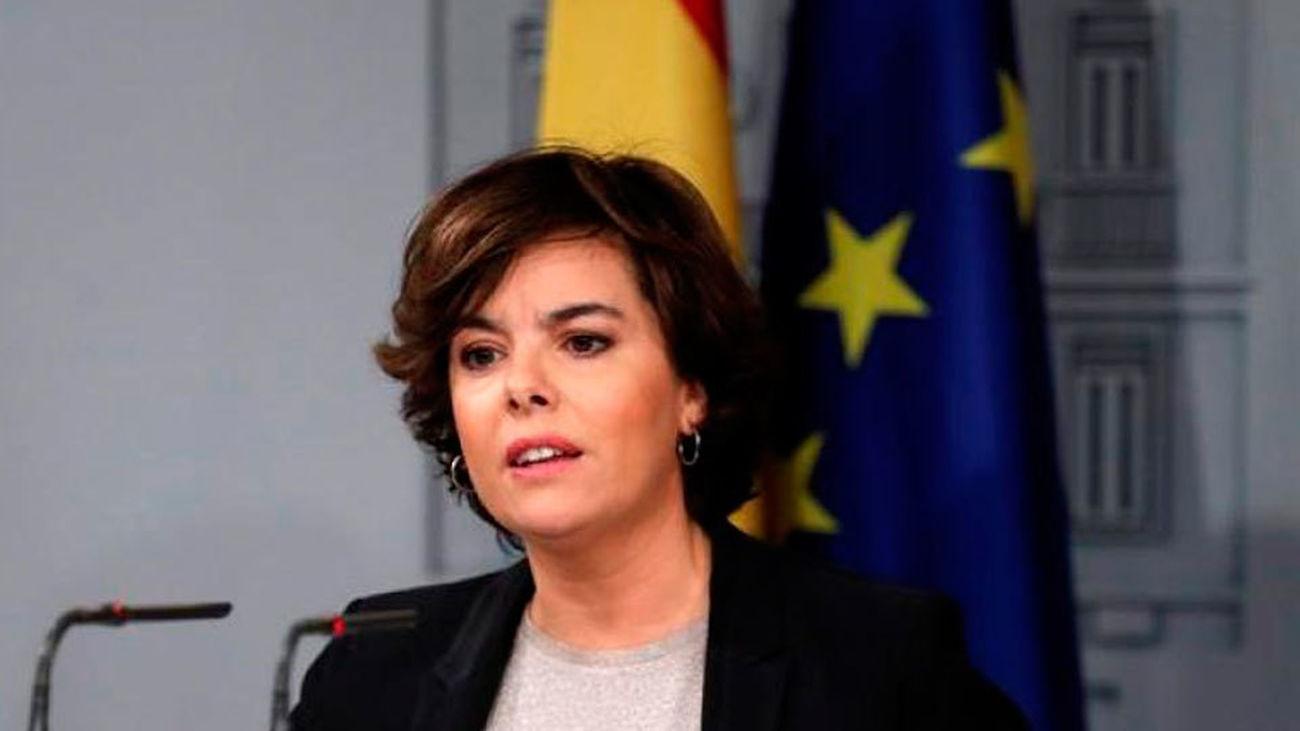 Saénz de Santamaría avisa del impacto de las noticias falsas en las opiniones