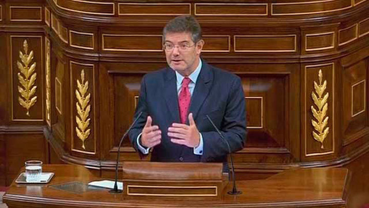"""Catalá: """"Hay ataques y cortes de luz en casas de jueces y fiscales en Cataluña"""""""
