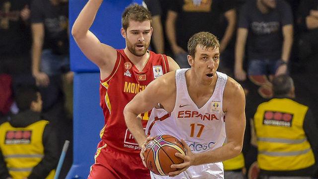 Fran Vázquez ante Montenegro