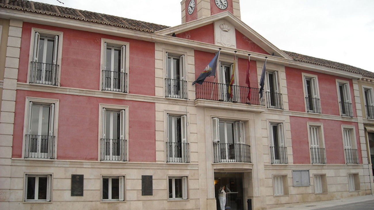 El Ayuntamiento de Aranjuez y Arcópoli se unen contra la homofobia