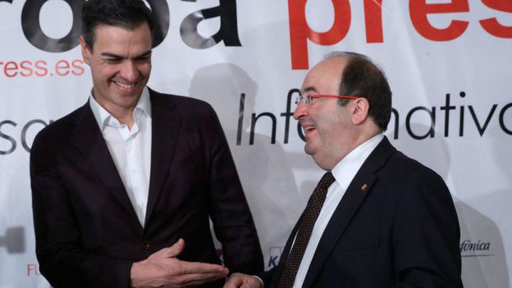 Sánchez urge a Rajoy a que aclare su compromiso con la reforma constitucional