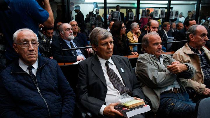 El histórico juicio por los crímenes de la dictadura argentina termina con 48 condenas