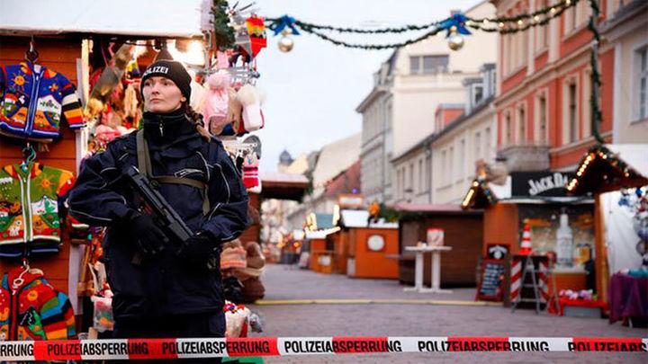 La Policía alemana detona un paquete explosivo cerca de un mercadillo navideño en Potsdman