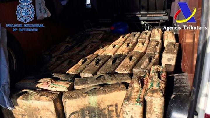 Desmantelada una de las principales redes de tráfico de hachís en el sur de España