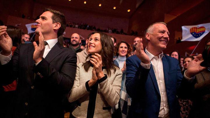 """Arrimadas pide votar con """"las mismas ganas e ilusión"""" que con la Constitución"""