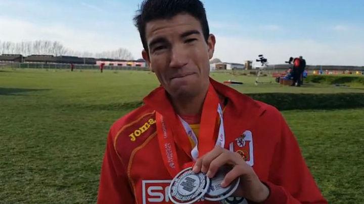 Mechaal plata individual, España plata por equipos en hombres