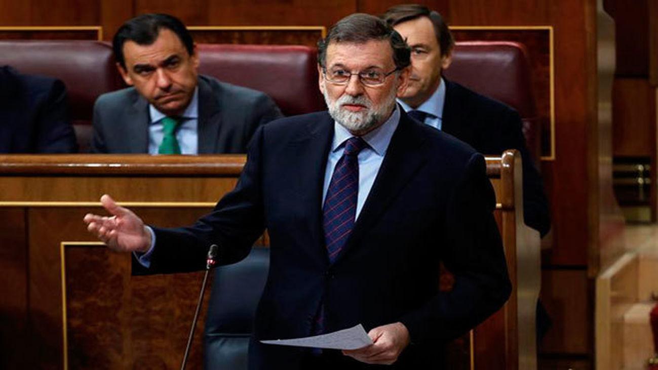 """Rajoy califica de """"razonable"""" su gestión este año, sobre todo en empleo"""