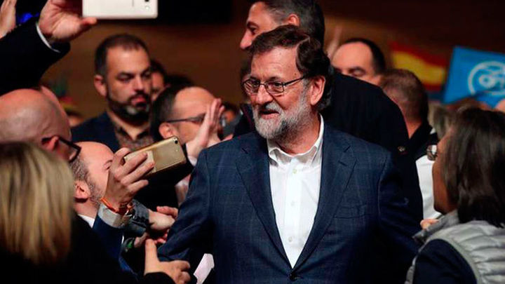 """Rajoy promete un PP constructivo para pactar pero siempre """"a favor de España"""""""