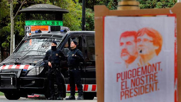 Más de 17.000 mossos, guardias civiles, policías nacionales y locales vigilarán las elecciones en Cataluña