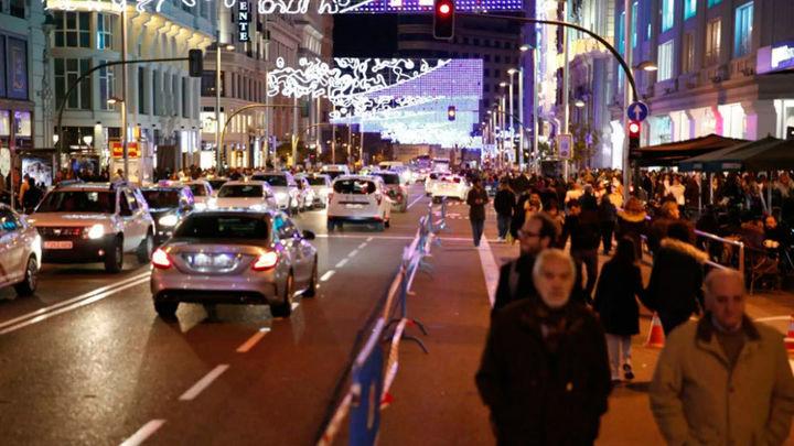 El tráfico se redujo un 40% en Gran Vía con el cierre a no residentes
