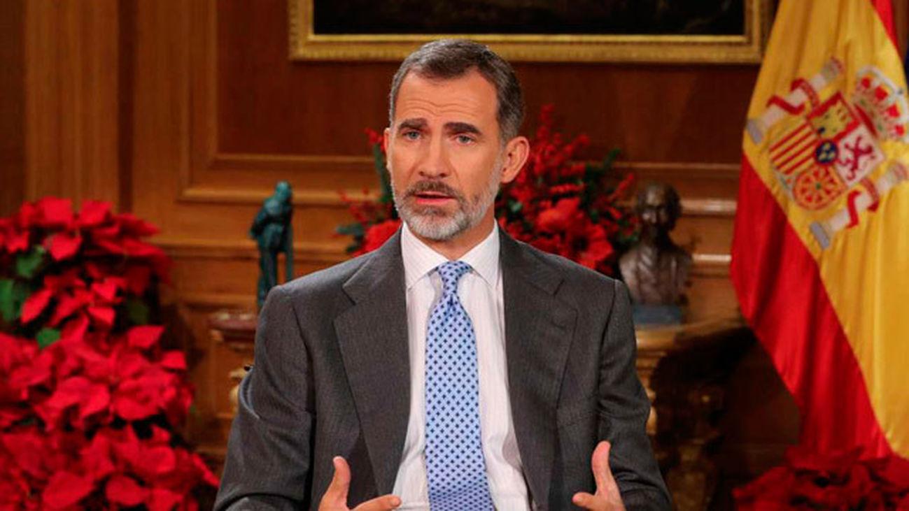 El Rey pide respetar pluralidad en Cataluña sin enfrentamientos o exclusiones
