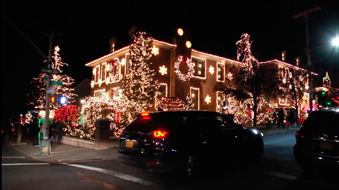 La decoración navideña de los barrios de Nueva York, ¿realidad o ficción?