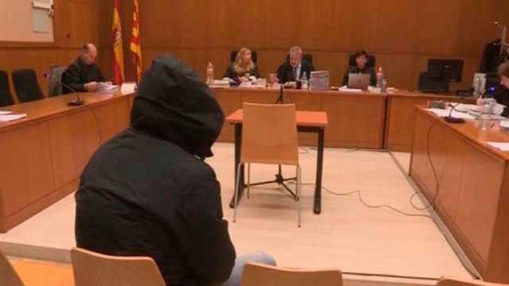 Cuatro víctimas de un nuevo violador del  Eixample le reconocen en el juicio