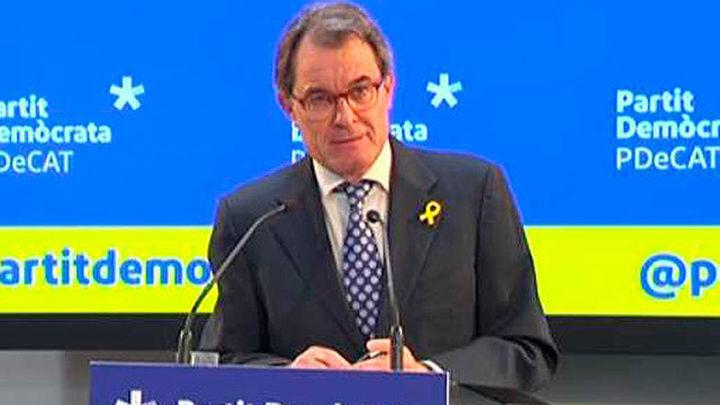 Artur Mas renuncia como presidente del PDeCAT y Muntó como diputado
