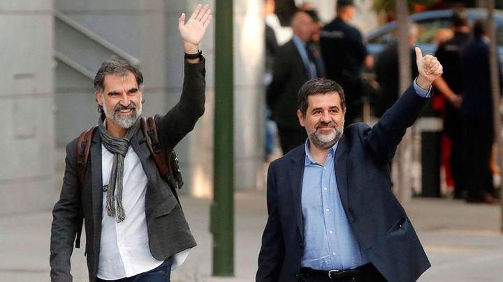 Forn y los Jordis renuncian a la vía unilateral para la independencia y piden su libertad
