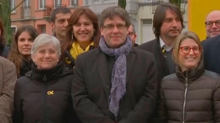 JxCat insiste en que el reglamento del Parlament no impide investir a Puigdemont