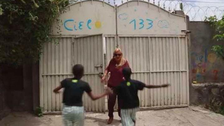 Un centenar de familias madrileñas afectadas por la decisión de Etiopía de prohibir la adopción