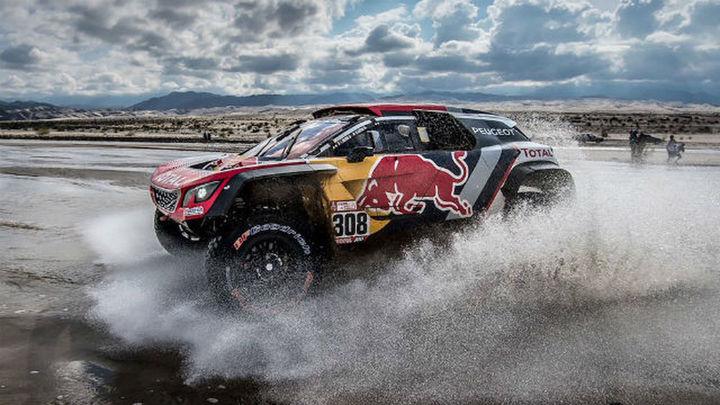 Sainz da un paso más, con susto incluido, hacia su segundo Dakar