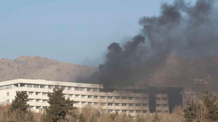 Los talibanes reclaman la autoría del ataque a un hotel de lujo en Kabul