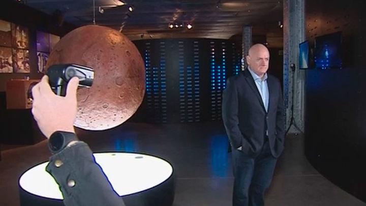 "El astronauta Scott Kelly (NASA) no ve ""factible"" ir a la Luna o a Marte"
