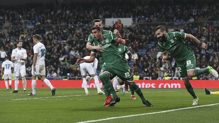 1-2. 'Pepinazo' en el Bernabéu y adiós a la Copa